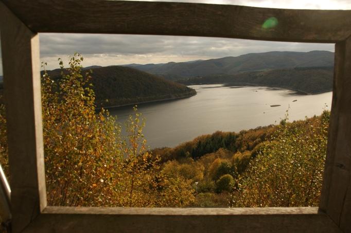 Blick auf den Edersee (Foto: hikekarin.com)