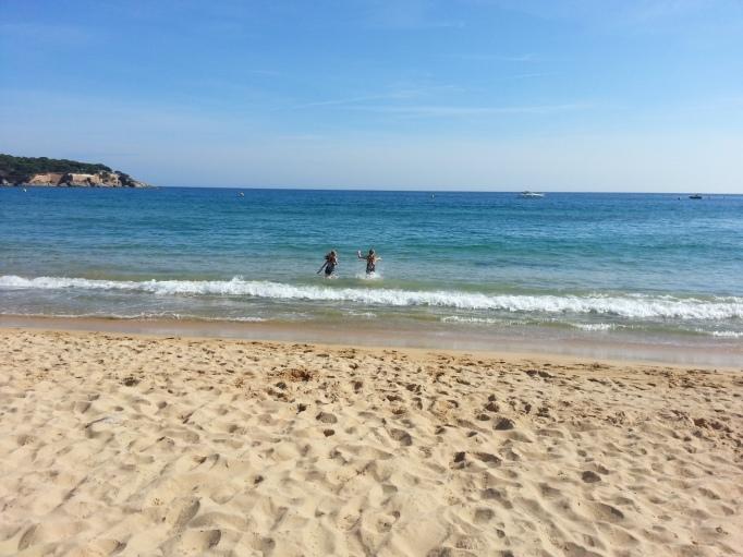 Der Strand an der Costa Brava- da geht das Herz auf