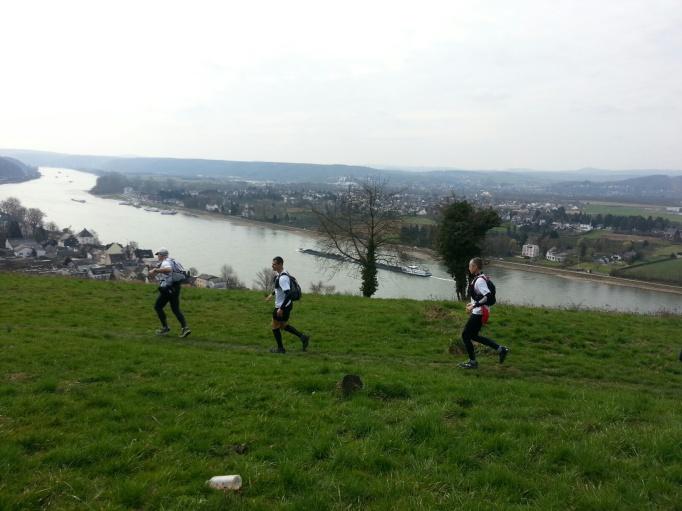 Rheinsteig-Erlebnislauf: Laufen mit Aussicht (Foto: Hikekarin.com)
