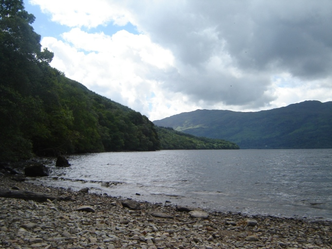 Am Loch Lommond (Foto: Hikekarin.com)