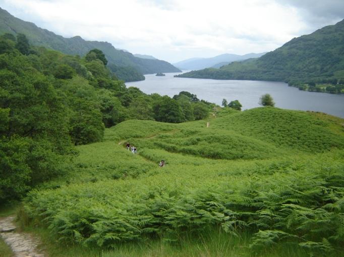 Ein typisches Postkartenmotiv- auf Wiedersehen Loch Lommond! (Foto: Hikekarin.com)