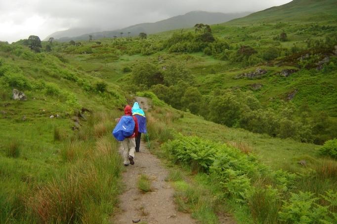 Der Regen machte uns nichts aus, dafür war es viel zu schön hier (Foto: Hikekarin.com)