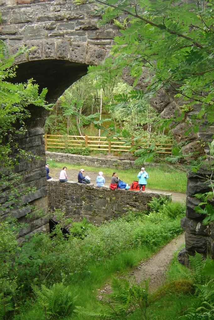 Rast und Umkleiden nach dem Regen (Foto: Hikekarin.com)