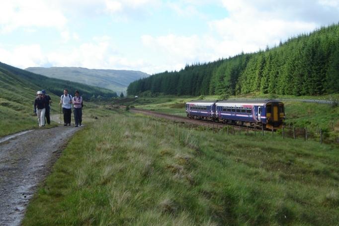 Eisenbahn durch die Highlands (Foto: Hikekarin.com)
