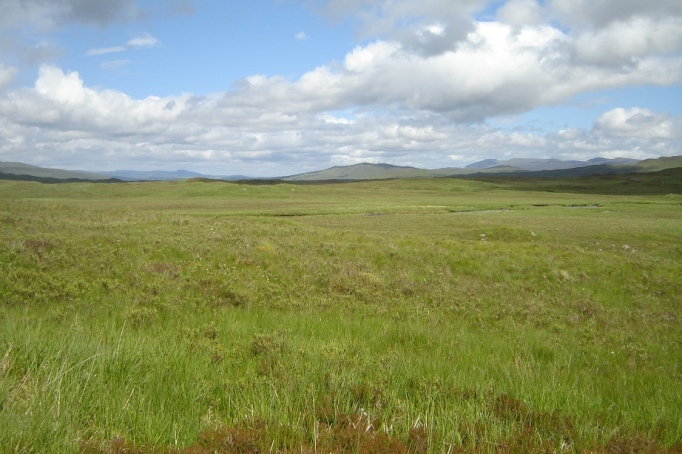 Rechter Hand die weite Fläche des Rannoch Moors (Foto: Hikekarin.com)