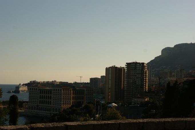 Blick auf die Skyline von Monte Carlo (Foto: Hikekarin.com)