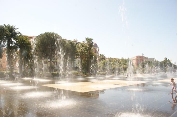 Fontänengarten in Nizza (Foto: Hikekarin.com)