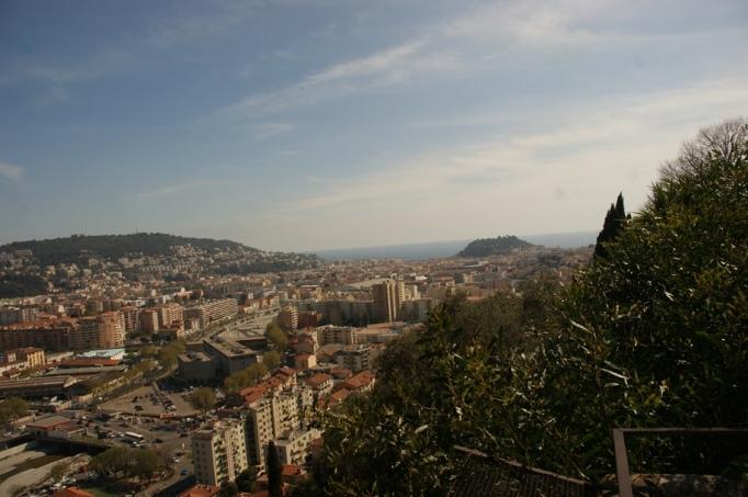 Stadtblicke vom Cimiez aus gesehen (Foto: Hikekarin.com)