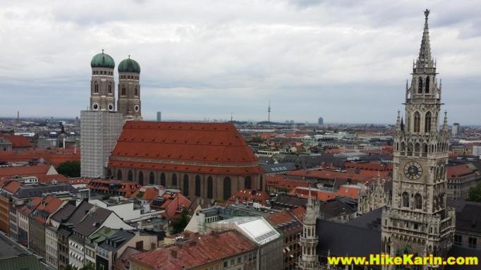 Blick auf die Frauenkirche und die Altstadt