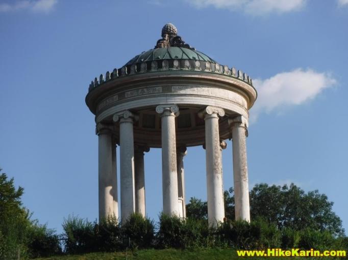 Griechischer Tempel im Englischen Garten von München